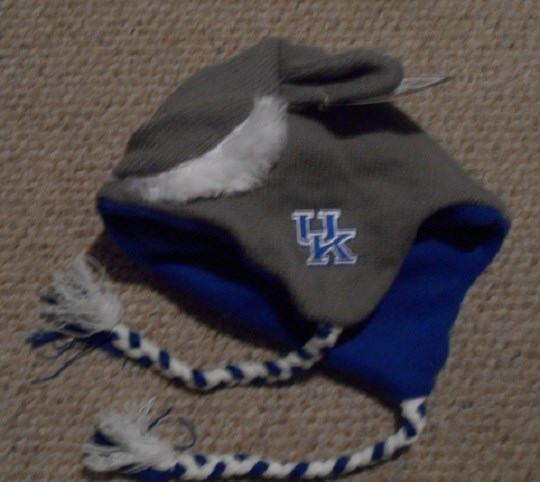 157b2912b12 New Kentucky Wildcats Warm Winter Ski Laplander Cap Hat GIFT NWT ...
